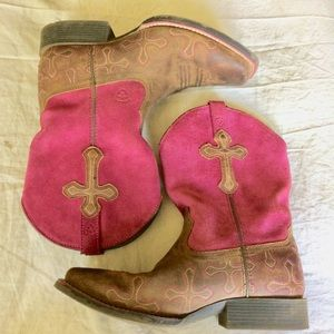 Ariat 4LR Pink Cross Square toed cowboy boots 4.5